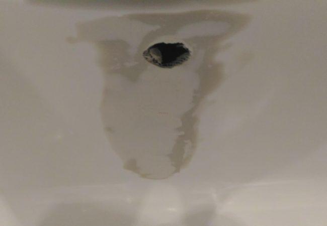 как ремонтировать ванну из акрила