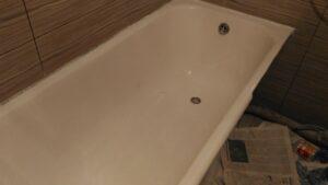 чугунная ванна после реставрации