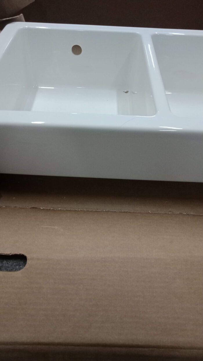 Трещина на фаянсовой раковине