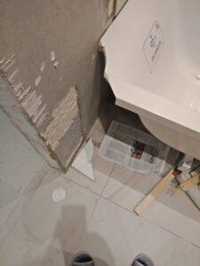Откололся угол на ванне из литьевого мрамора